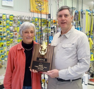2014 Angler of the Year Award presented to Jan Jamrog by Heidi Wilkins of Jett's Hardware